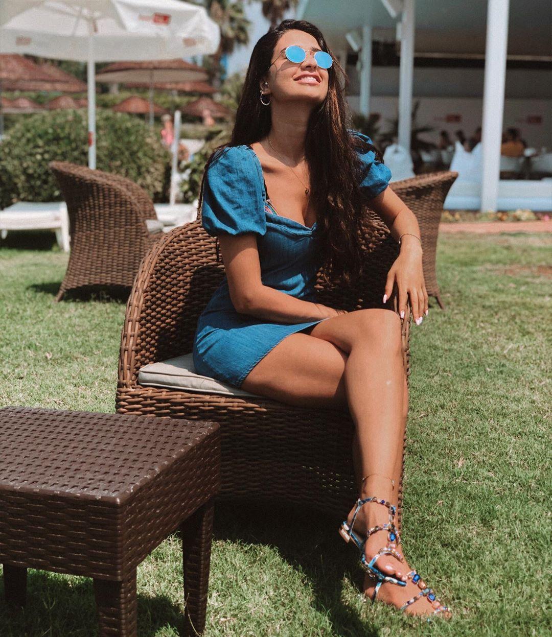 puff sleeve denim dress de Zara sur yasmin_tz