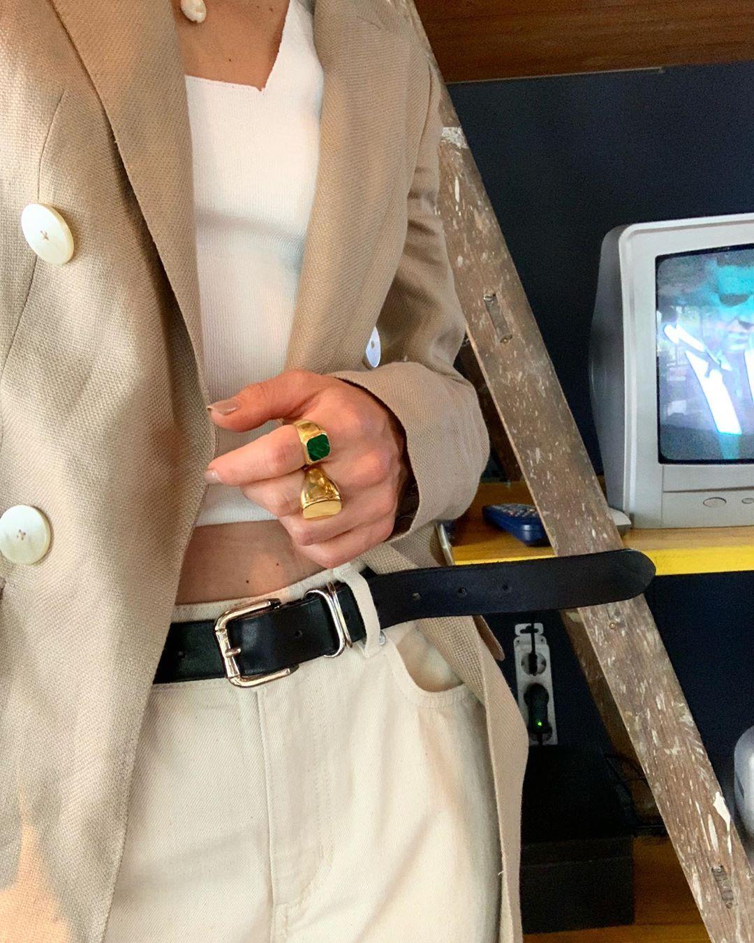 limited edition fitted pure linen crossover jacket de Massimo Dutti sur annaaborisovna