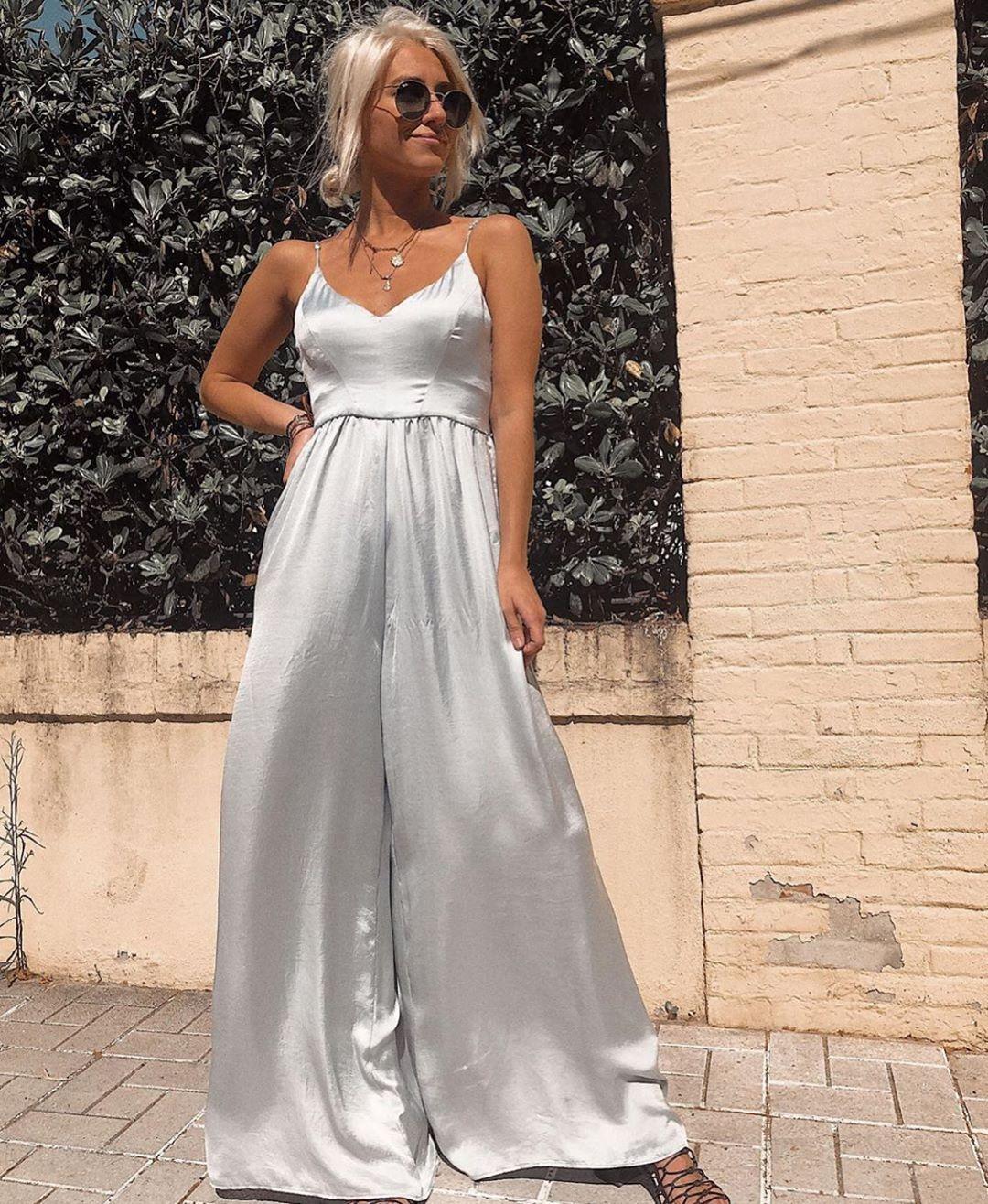 combinaison longue satinée édition limitée de Zara sur zara.outfits