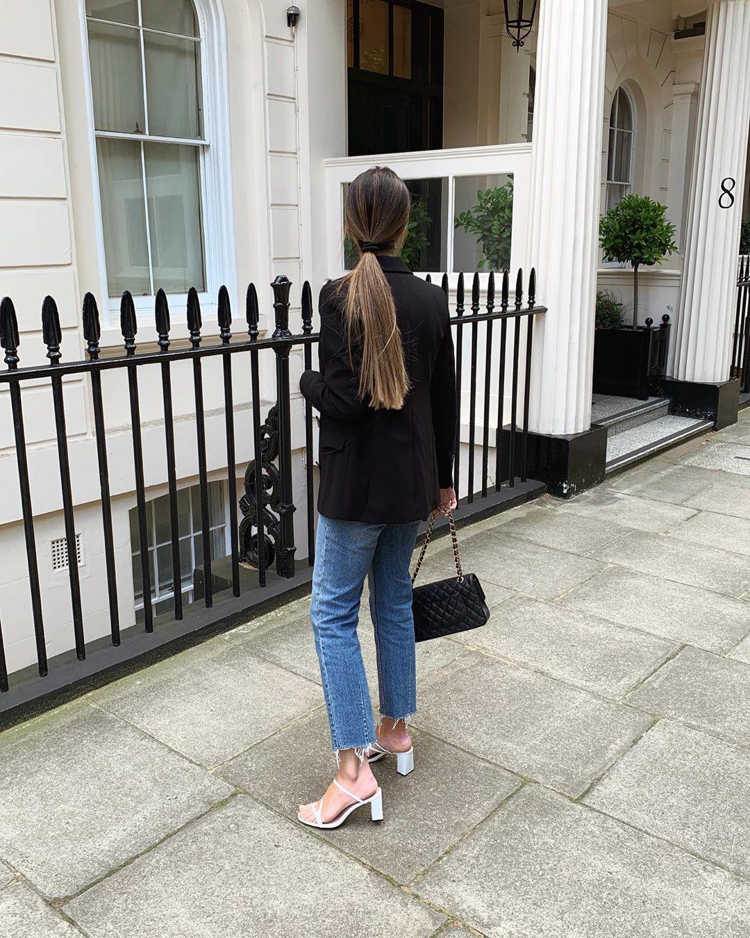 heeled mules with asymmetrical straps de Zara sur mystylebook