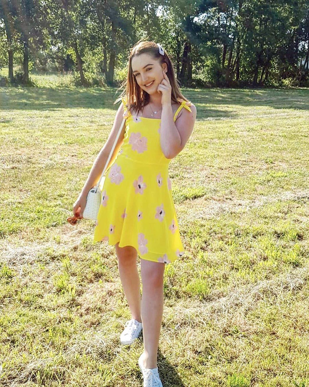 raw printed dress de Zara sur iampbaczynska