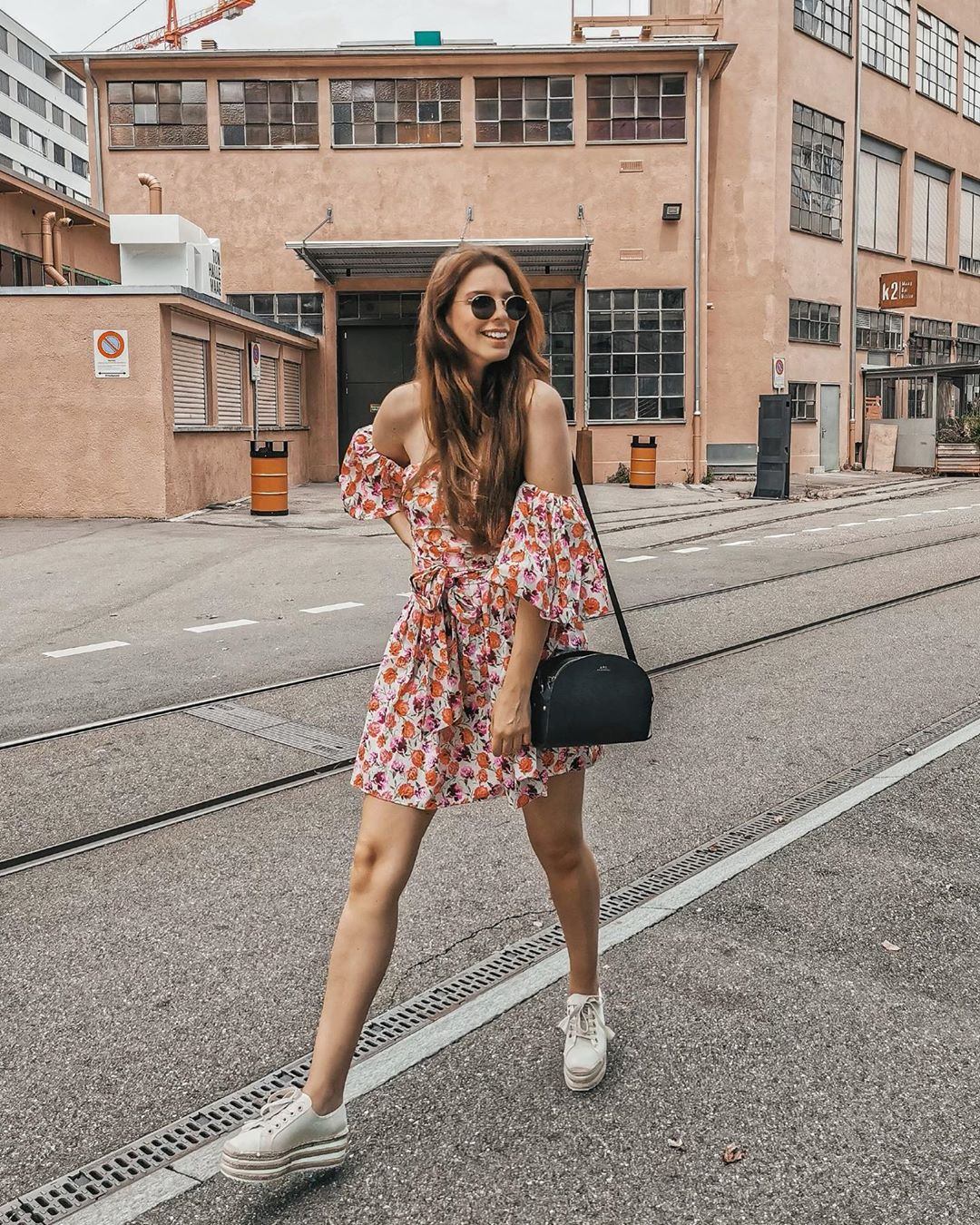 printed dress with belt de Zara sur marina_bohemienne