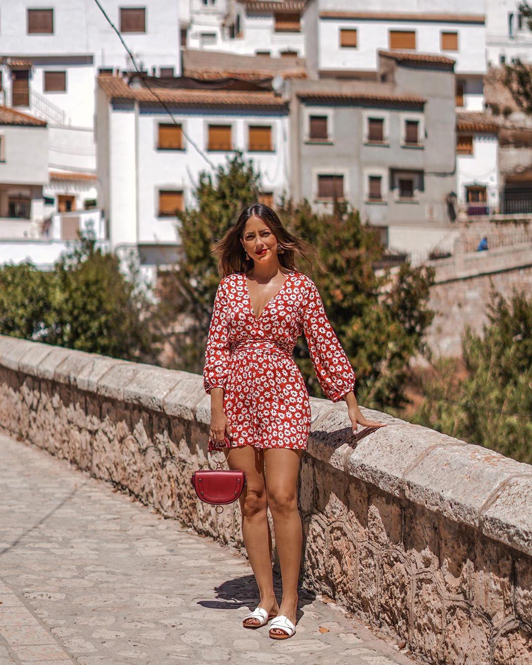 jumpsuit printed dress de Zara sur criscalatrava