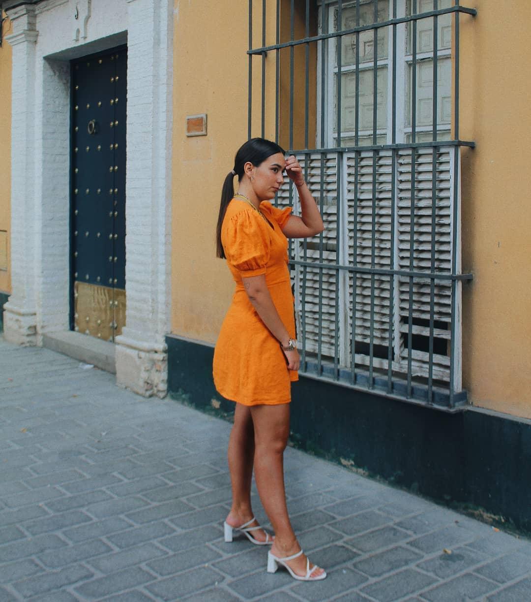 crossover linen dress de Zara sur saralunmor