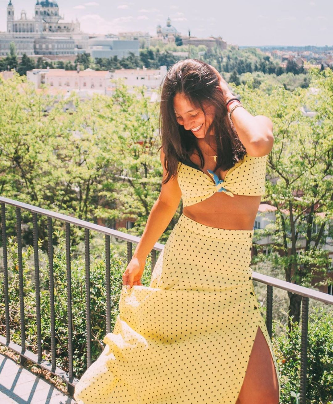 polka dot print skirt de Zara sur zaraaddiction