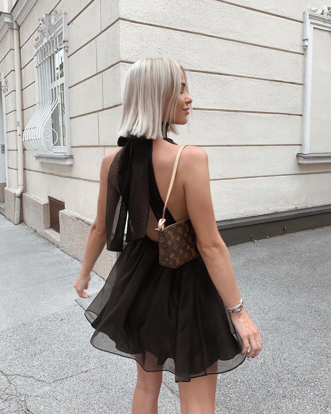 short organza dress de Zara sur valentina.steinhart