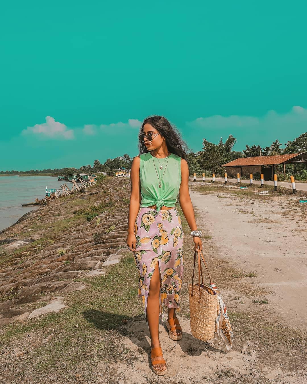 skirt with lemon print de Zara sur fashion_peopleandplaces