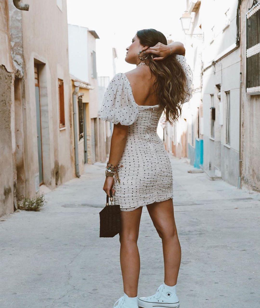 robe drapée en tulle à pois de Zara sur zara.outfits