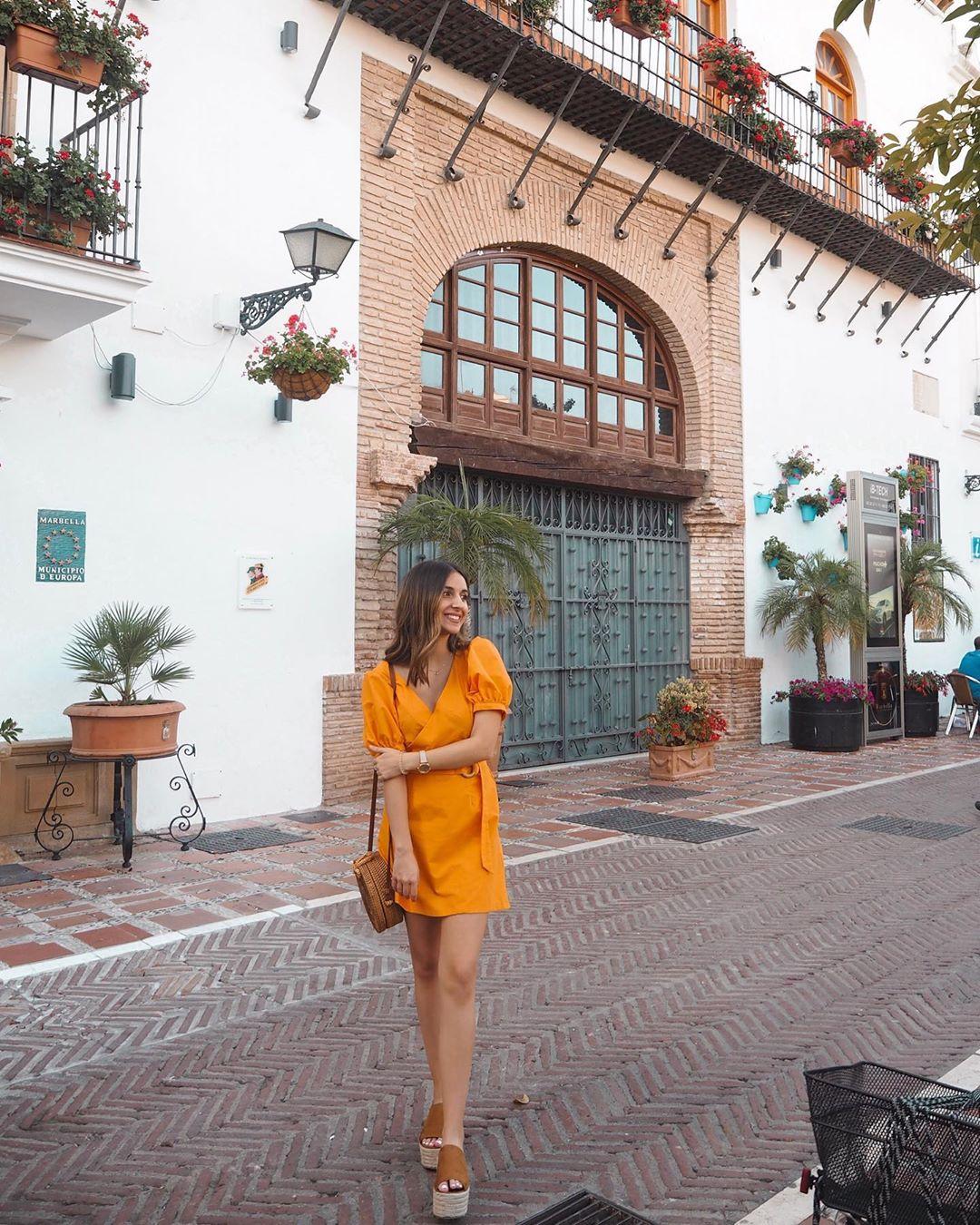 crossover linen dress de Zara sur lydiamaroto20