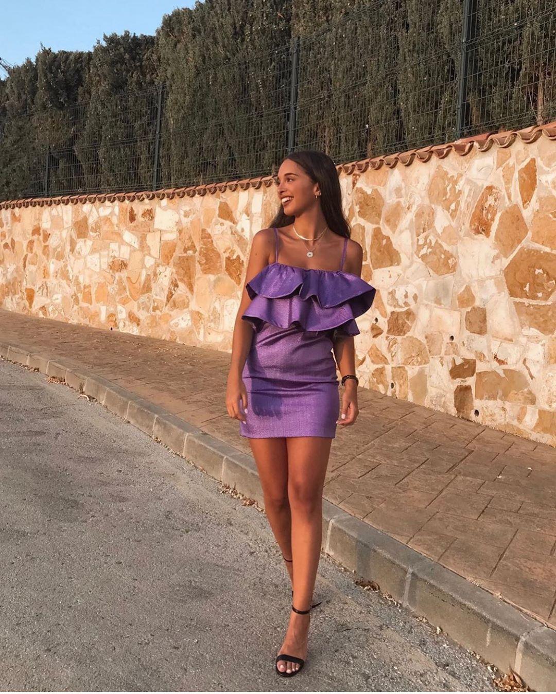 robe à volants et fil métallisé de Zara sur zara.outfits