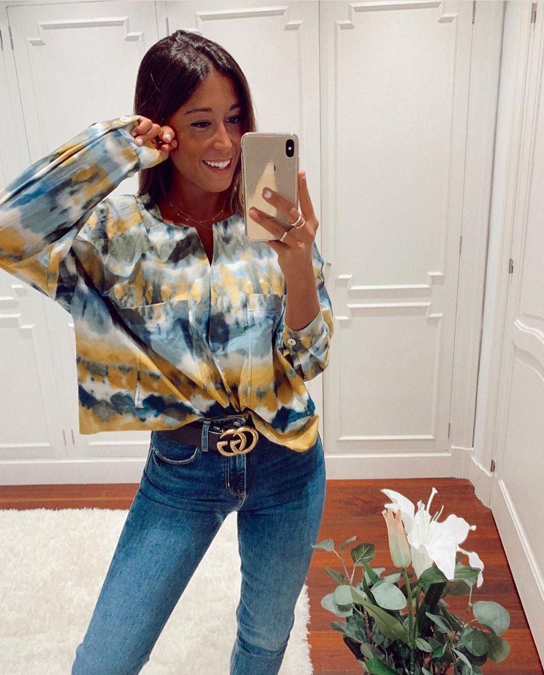 blouse imprimée de Zara sur zara.outfits