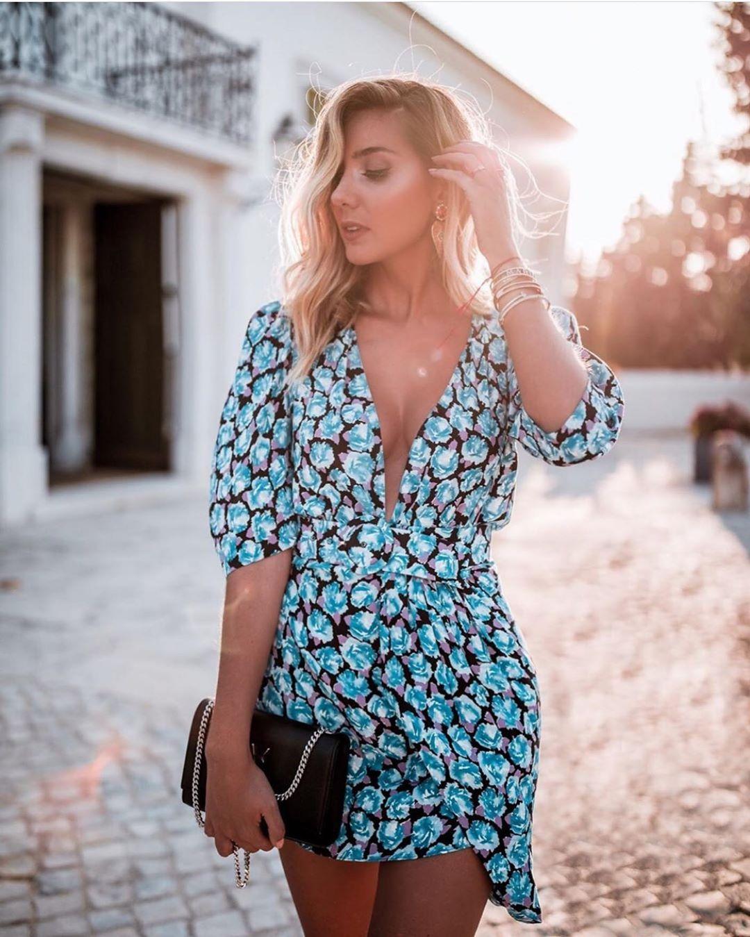 robe à imprimé bouffante de Zara sur zara.outfits
