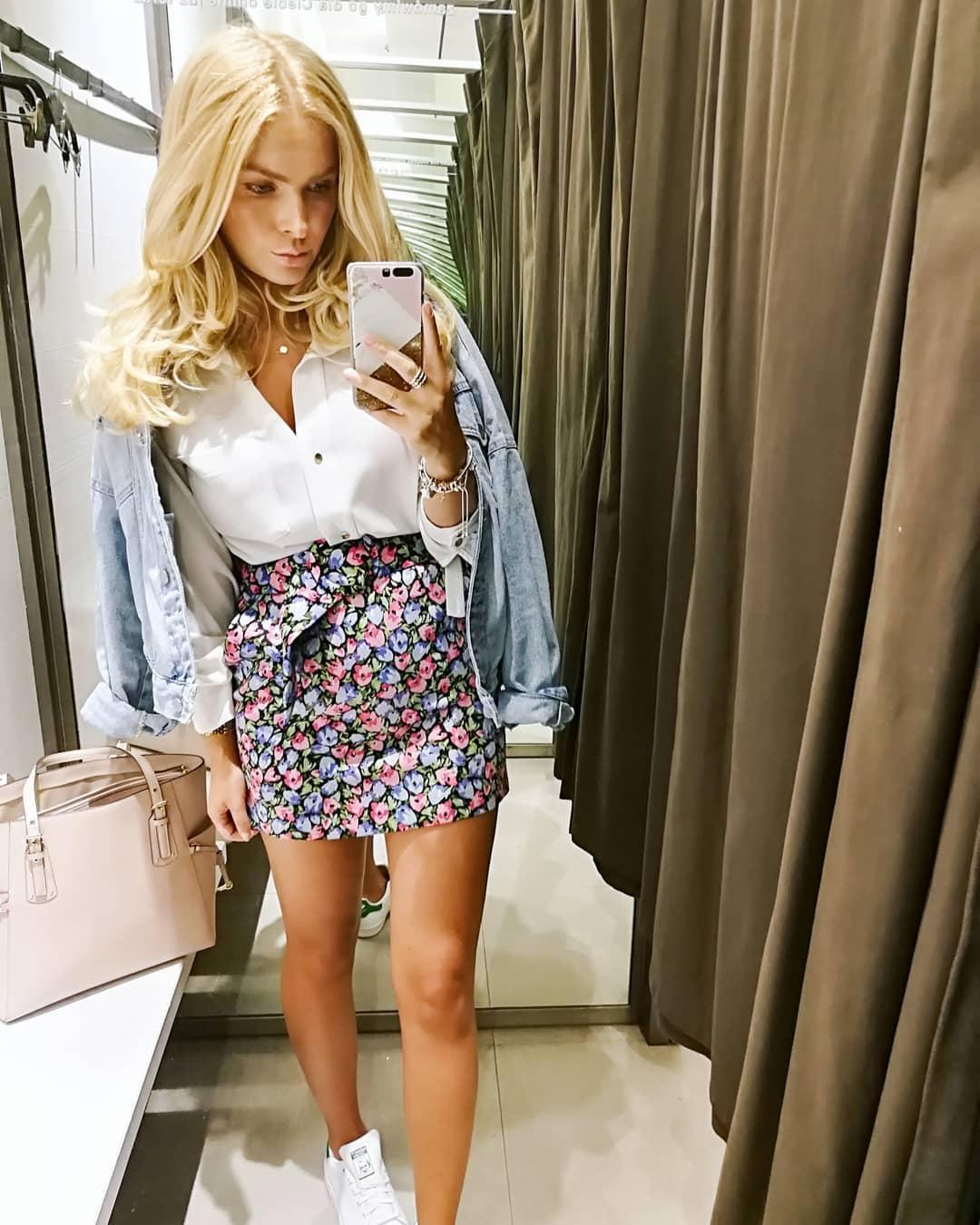floral print skirt de Zara sur heymissangel