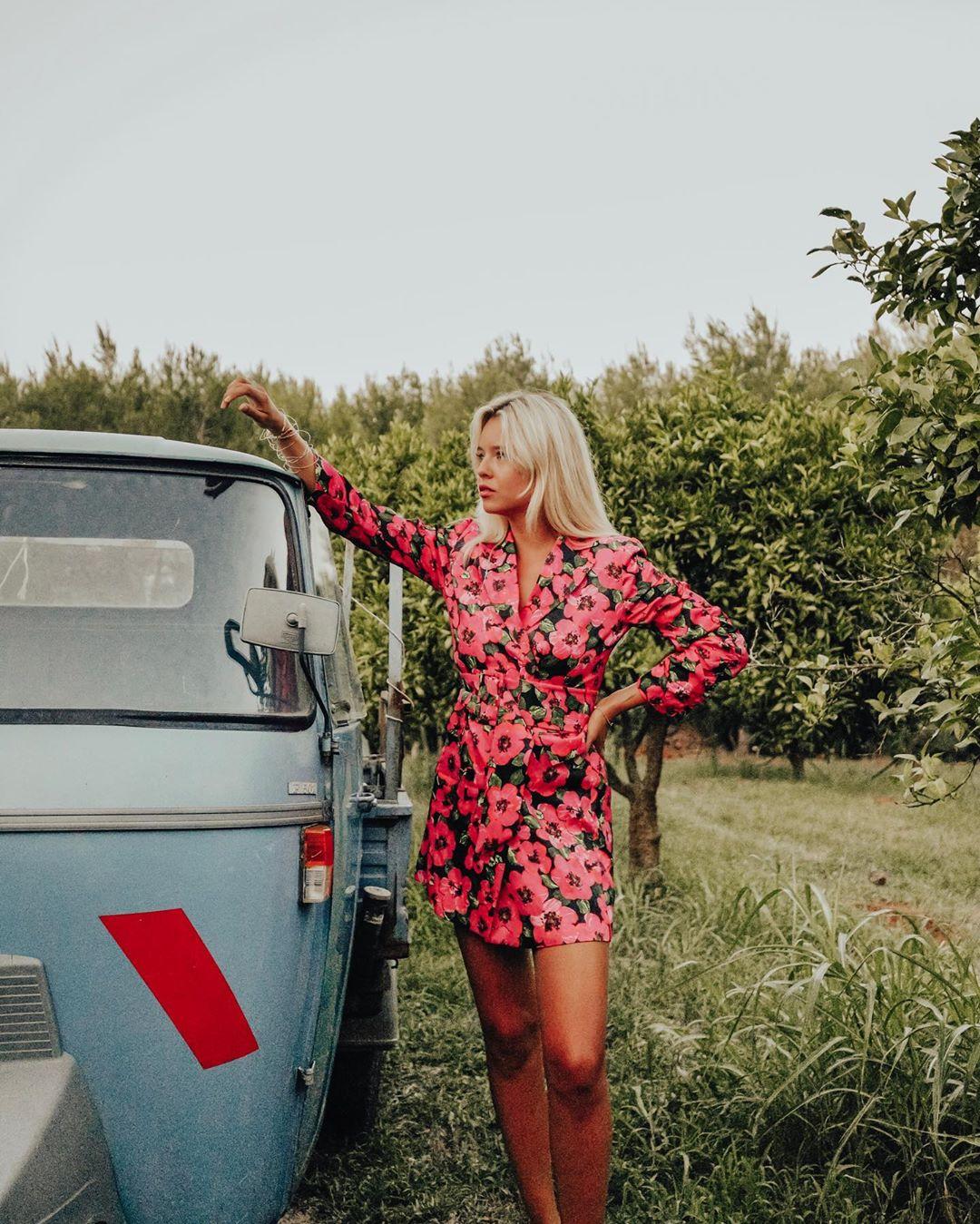 robe à imprimé et fronces de Zara sur milkywaysblueyes