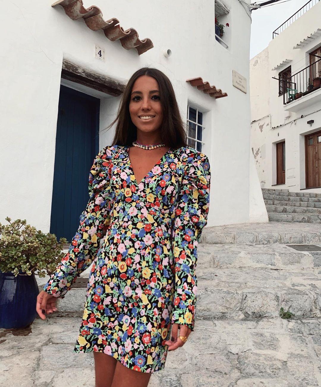 short dress with volume sleeve de Zara sur gpalazuelos