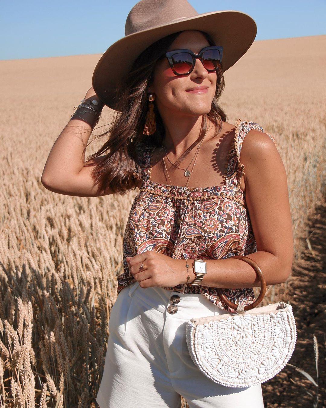 natural oval shoulder bag with glassware de Zara sur lesbonheursdecamille
