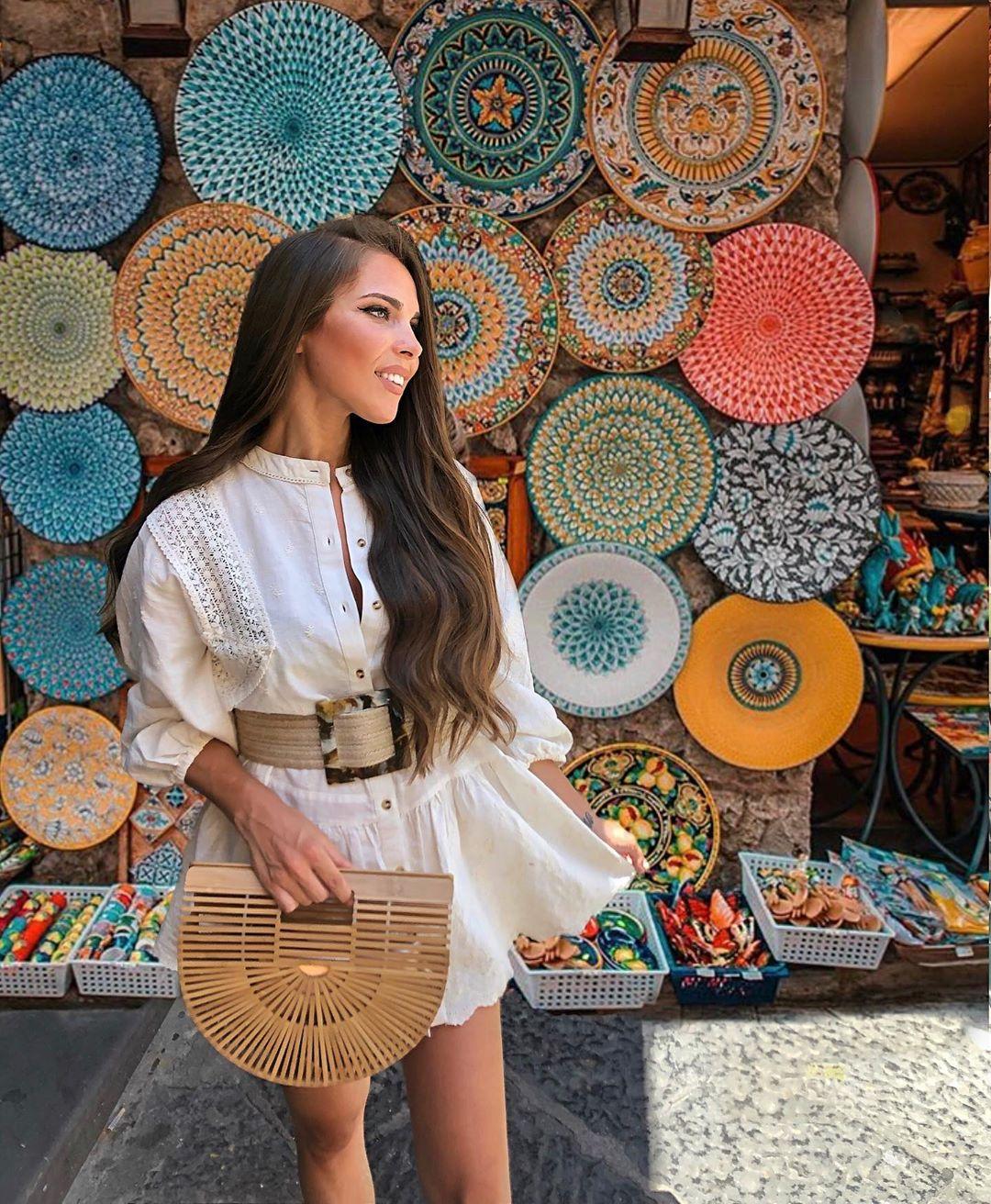 embroidered lace dress de Zara sur sandryferrero