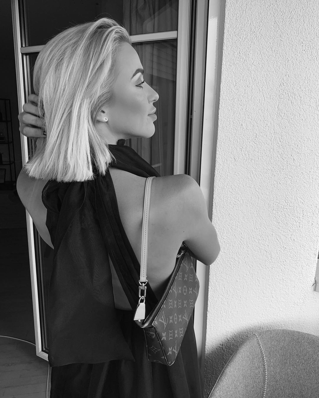 short organza dress de Zara sur valentina.steinhart sur SCANDALOOK