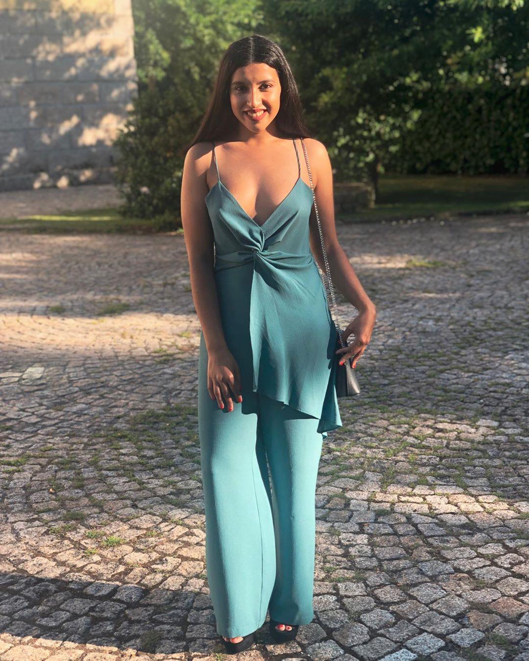 jumpsuit with bow straps de Zara sur carolinagouveia6
