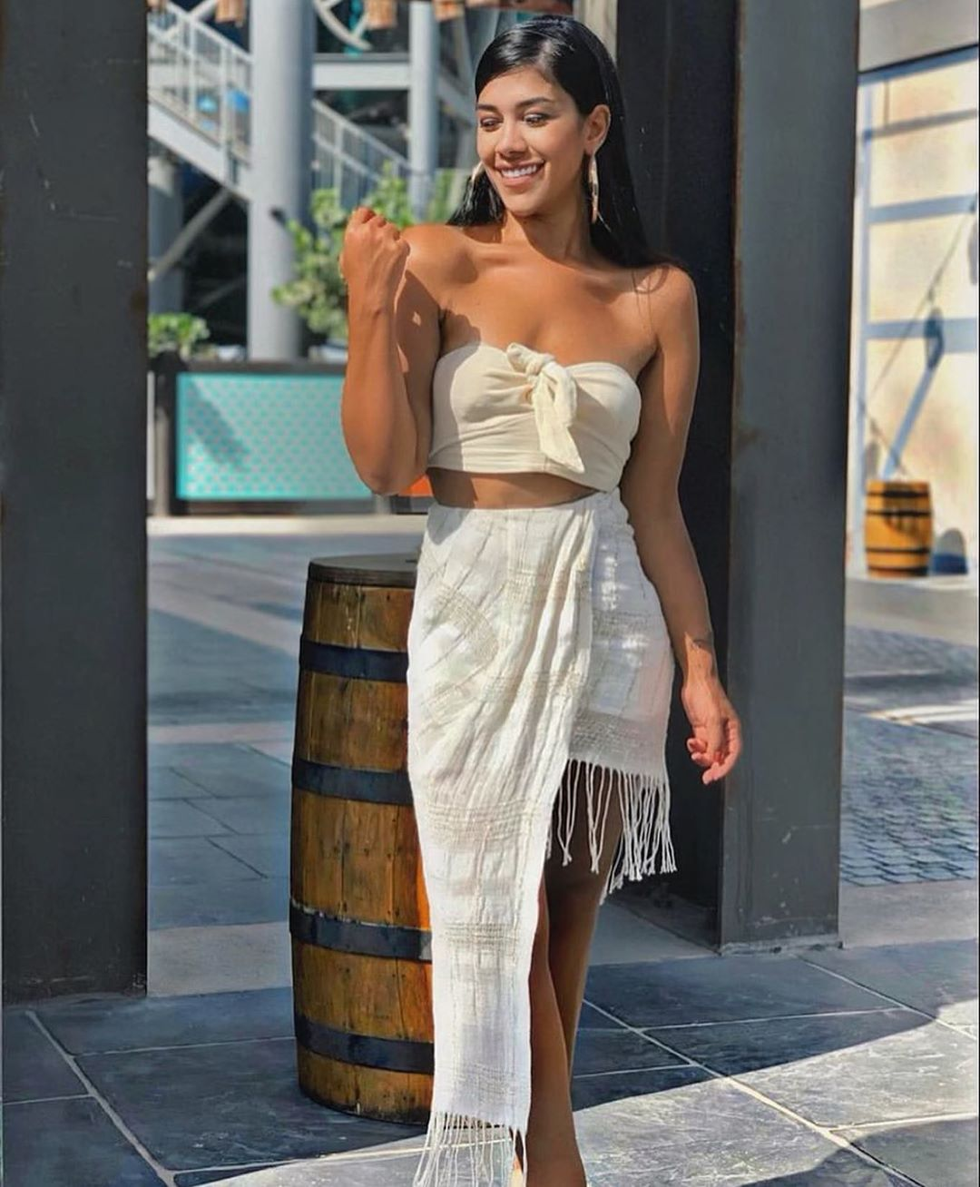 jupe asymétrique à franges de Zara sur zara.outfits