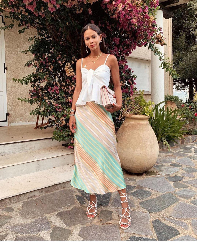 jupe satinée à rayures de Zara sur zara.outfits