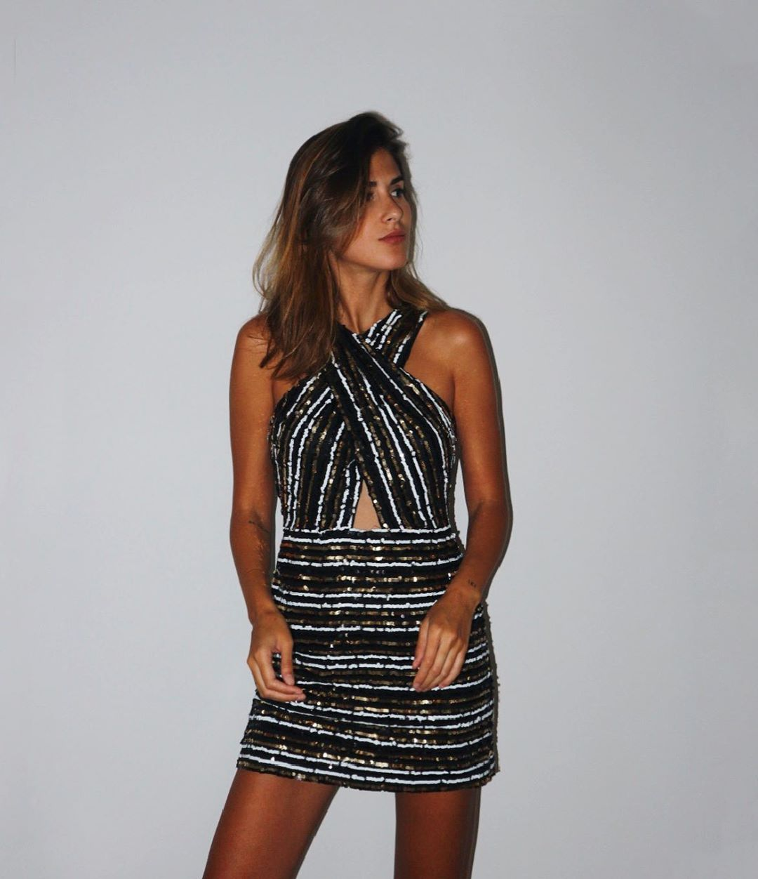 sequin wrap dress de Zara sur meryturiel