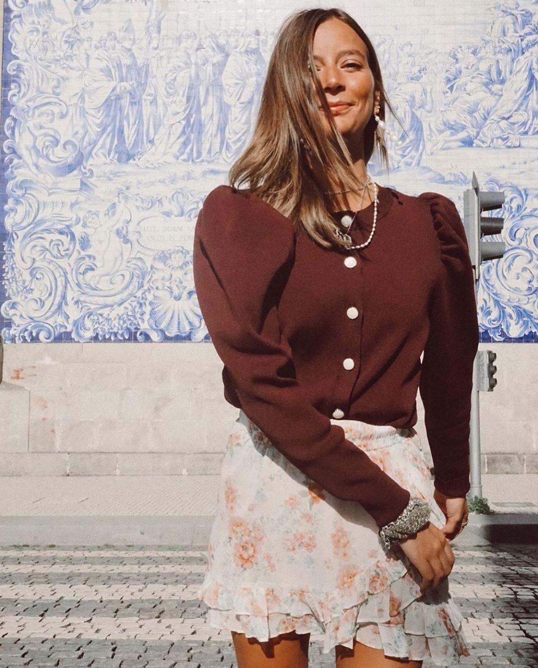 gilet en maille à boutons de Zara sur zara.outfits