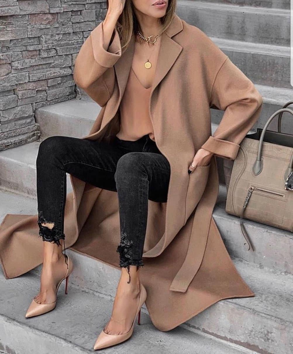coat with pockets and belt de Zara sur high_5_to_fashion
