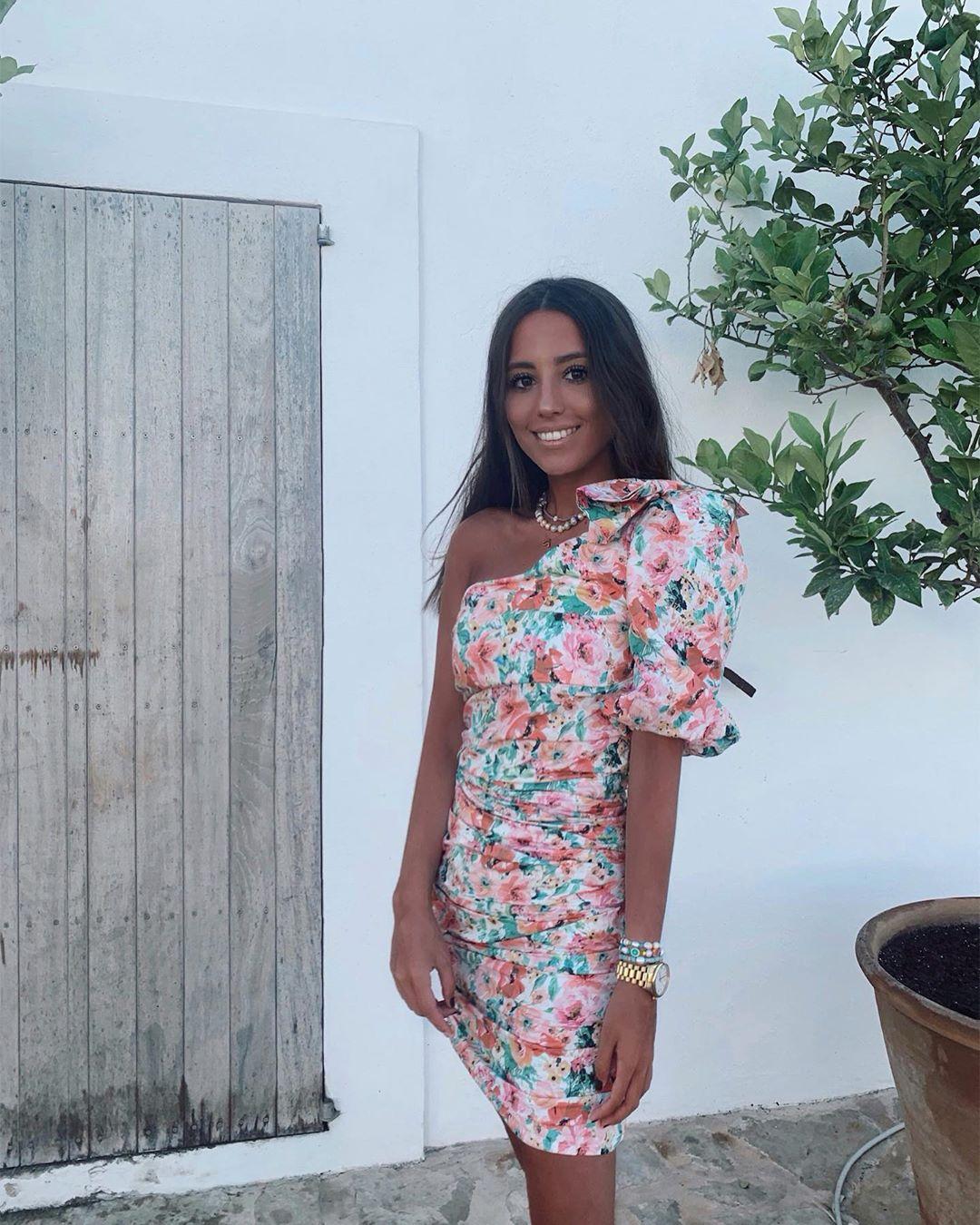 floral print asymmetrical dress de Zara sur gpalazuelos