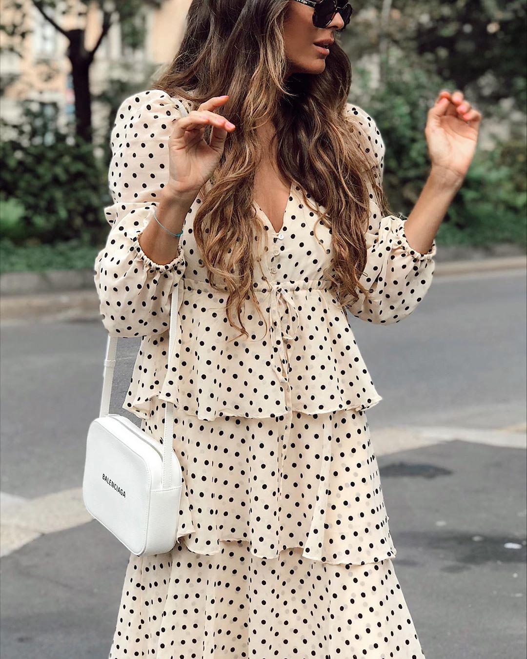 dress with polka dot and ruffles de Zara sur mariatilve