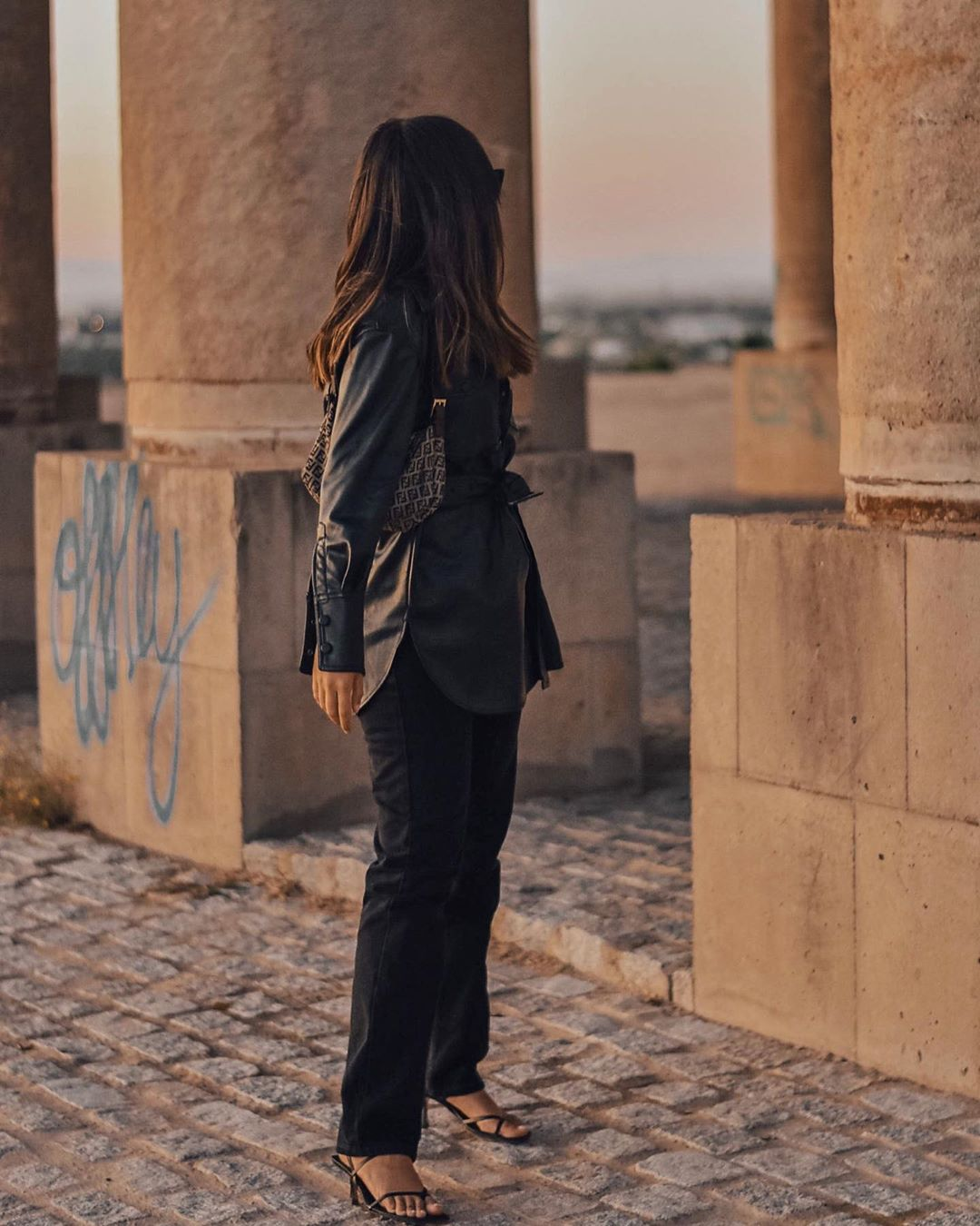 synthetic leather jacket de Zara sur andreaccerezo