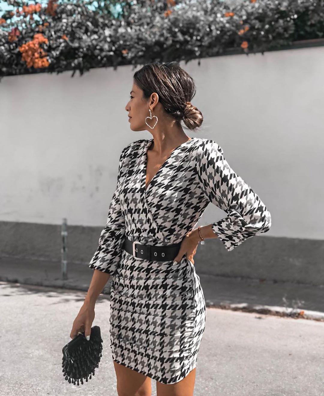 robe pied-de-poule avec ceinture de Zara sur zara.outfits