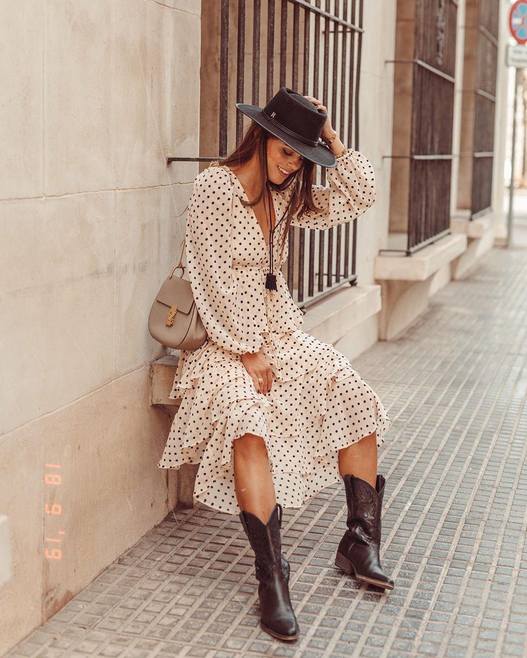 dress with polka dot and ruffles de Zara sur jessiekass