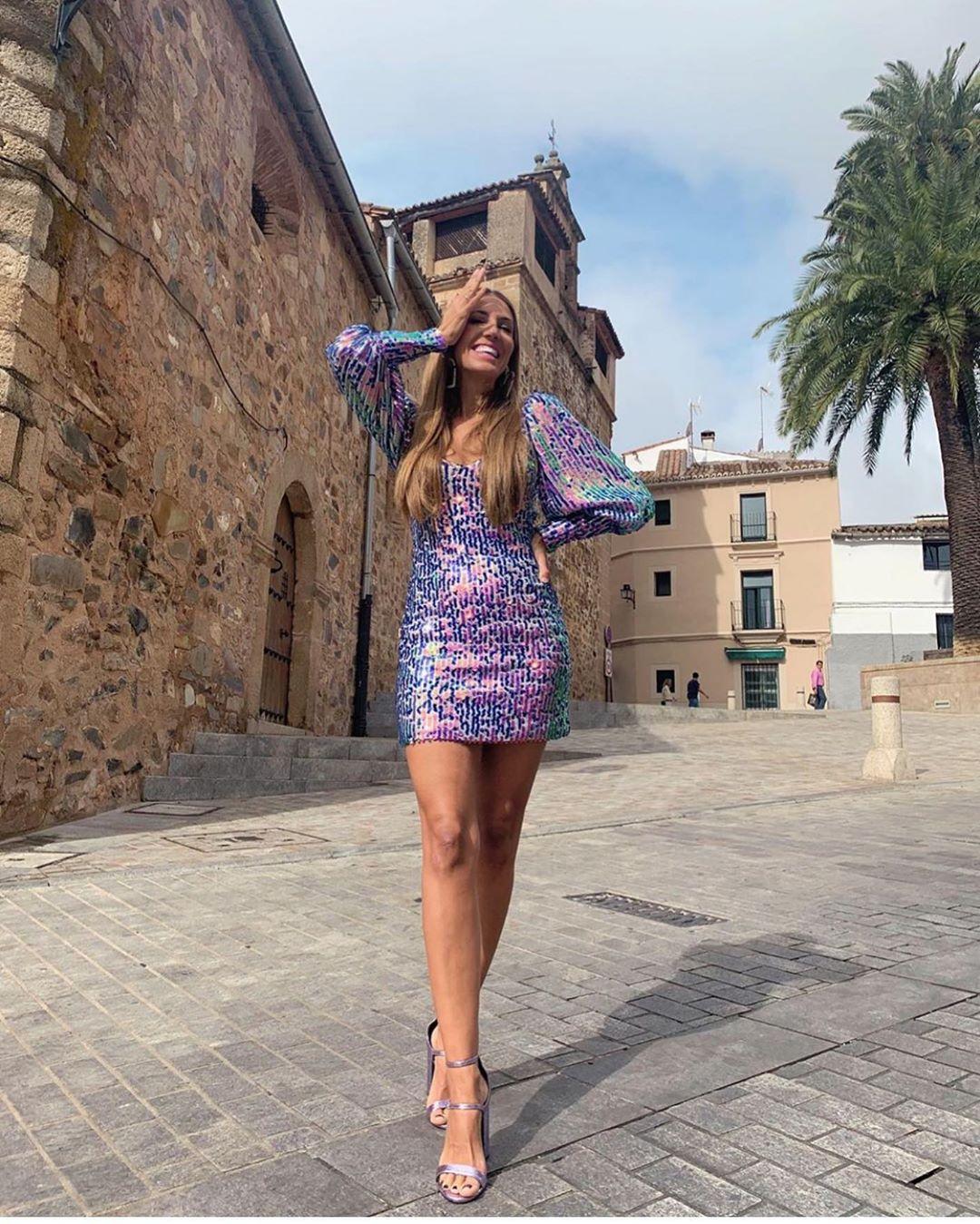 robe courte à paillettes édition limitée de Zara sur zara.outfits