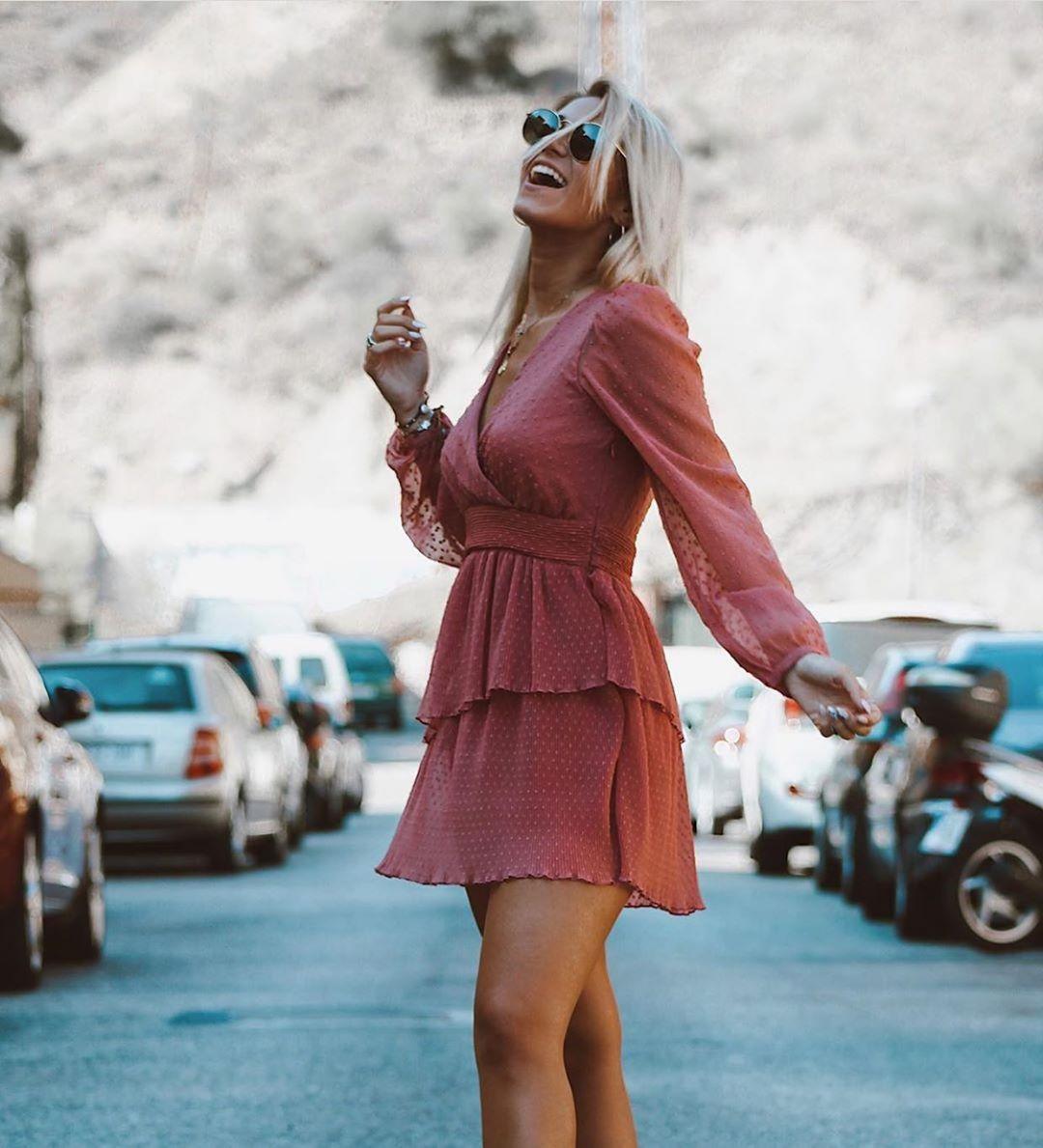 robe en plumetis à volants de Zara sur zara.outfits