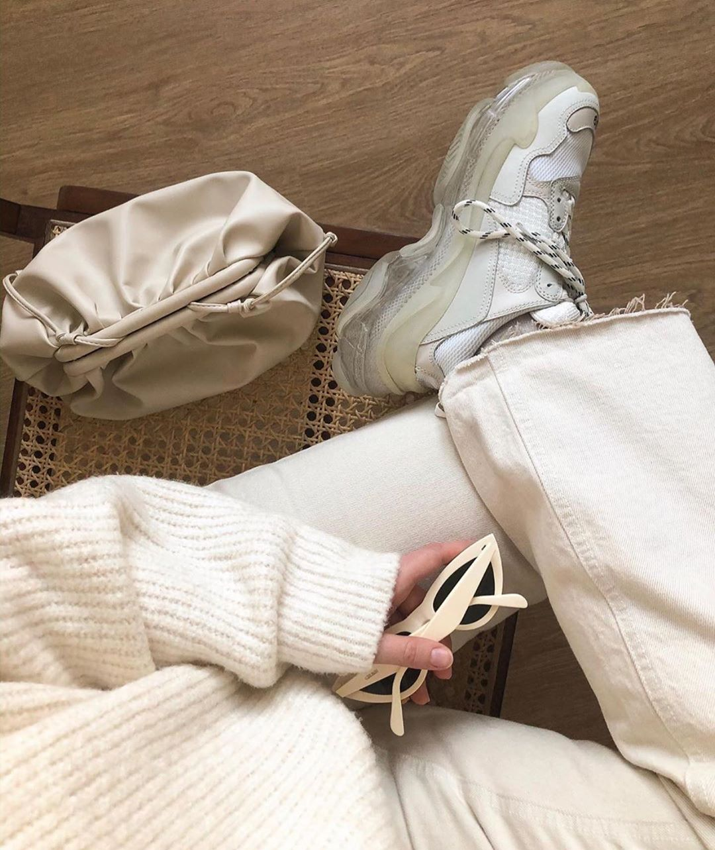 regular waist flare cropped jeans de Zara sur zaraaddiction