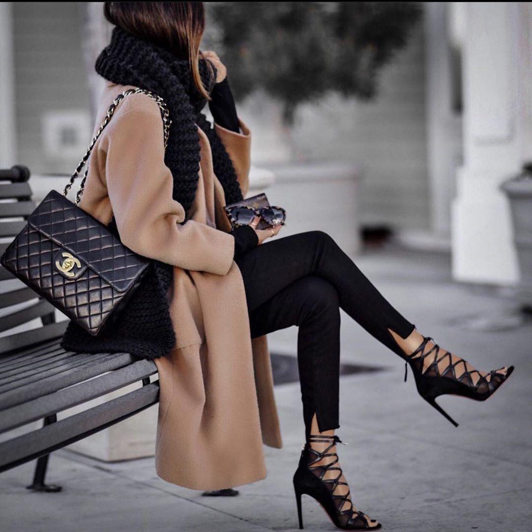 leggings with seams de Zara sur zara_daily
