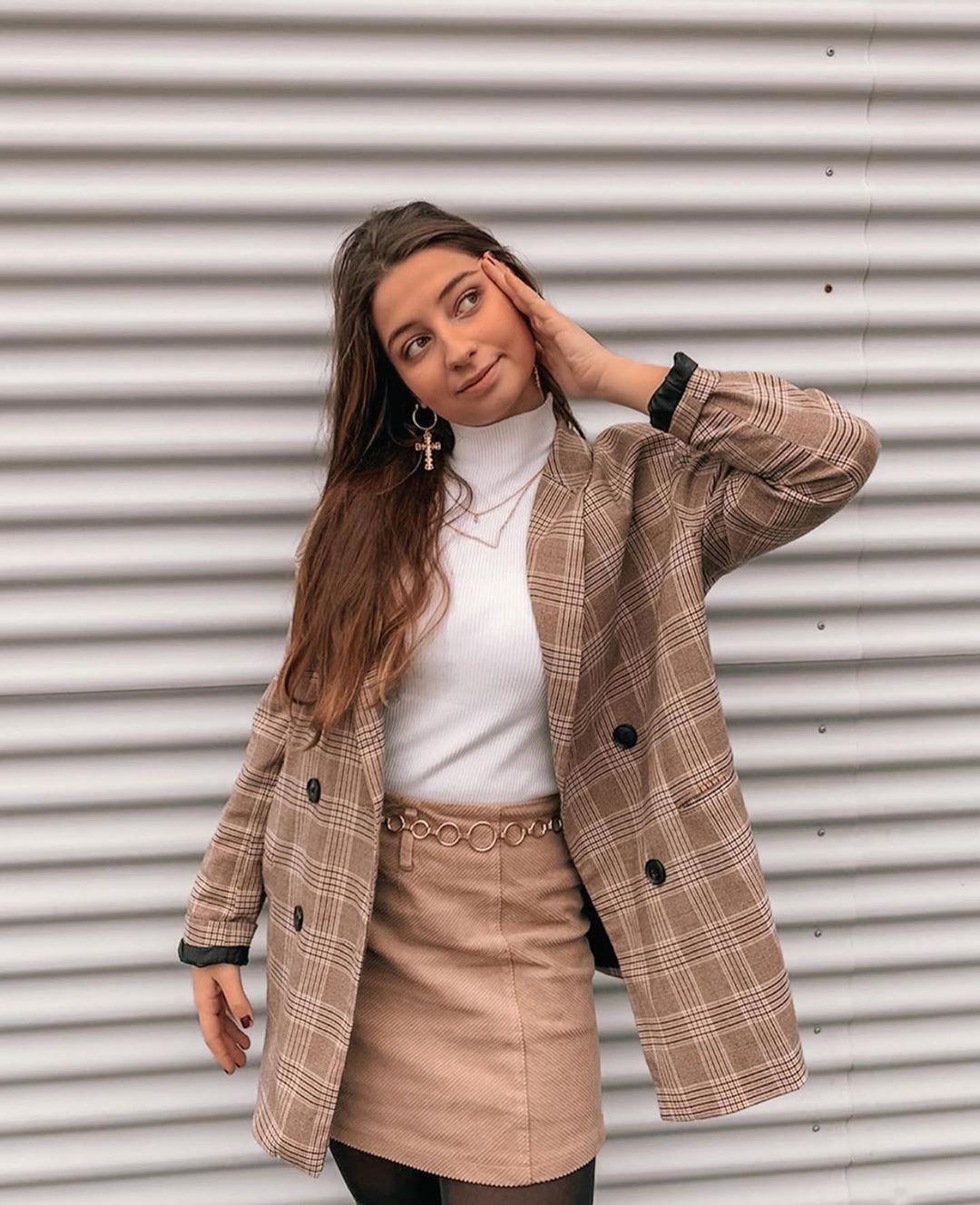 veste à boutonnage croisé et imprimé à carreaux de Zara sur zara.outfits