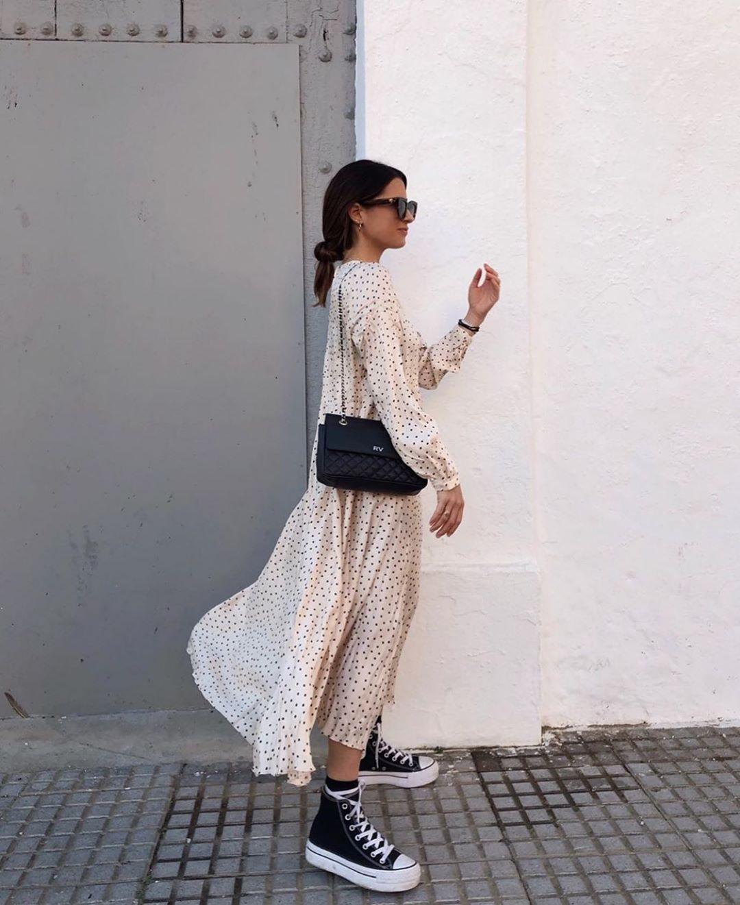 dress with crumpled effect de Zara sur zarastreetstyle