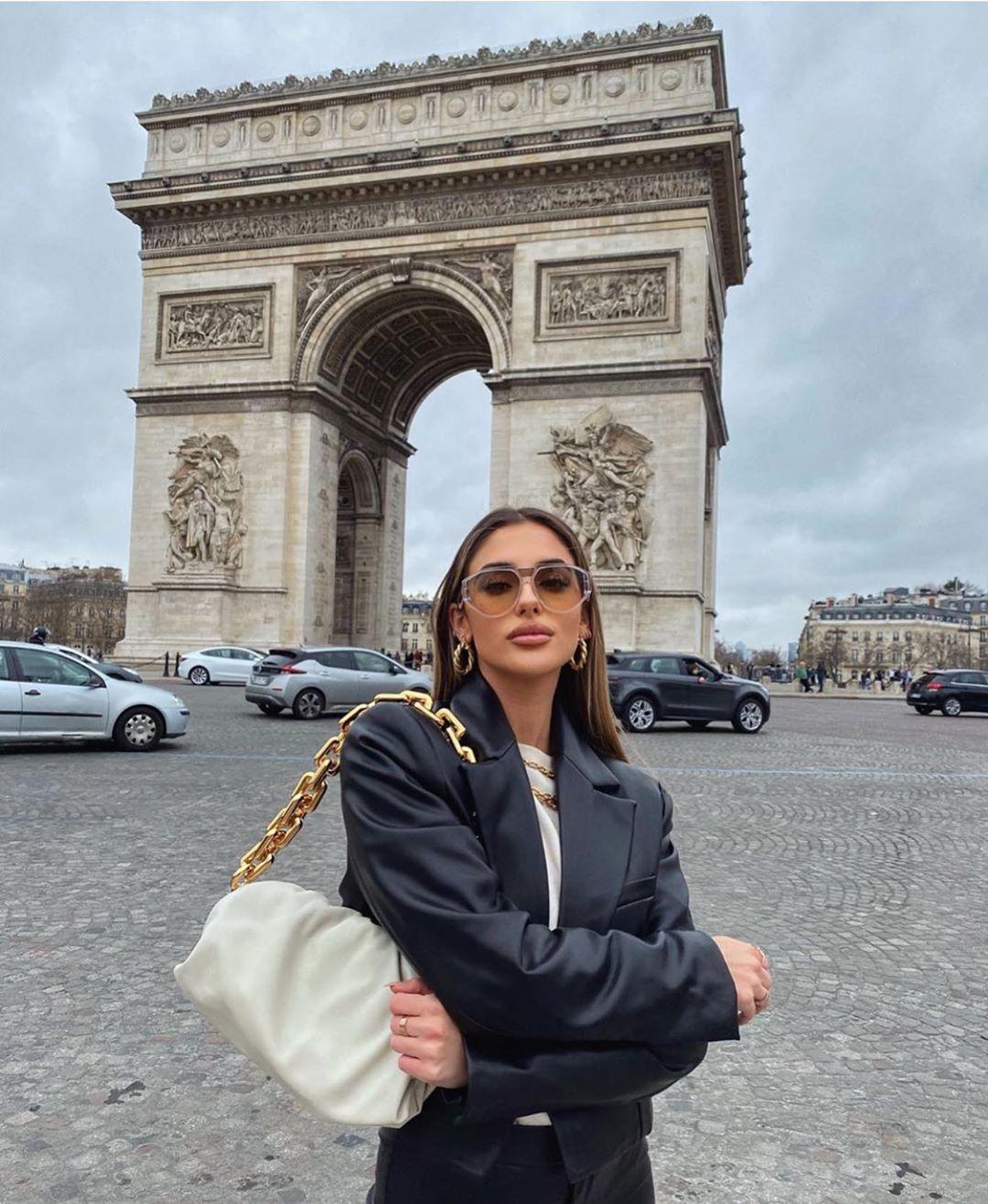 oversized synthetic leather jacket de Zara sur zarastreetstyle