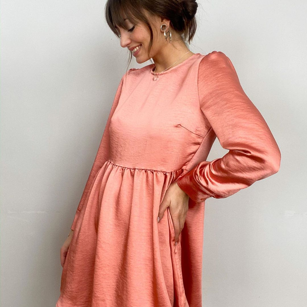robe soyeuse rose de Les Bourgeoises sur lesbourgeoisesofficiel