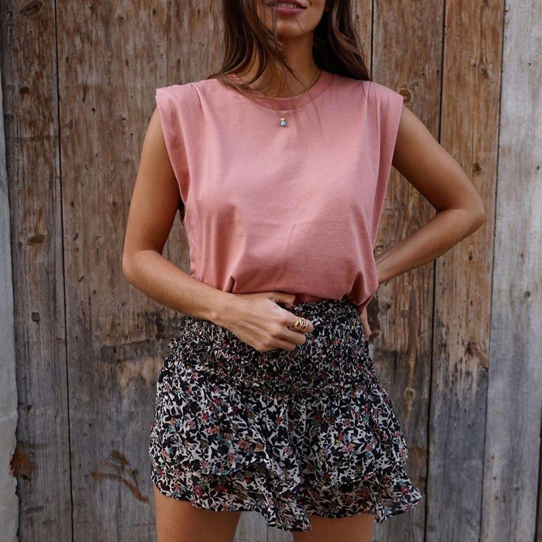 mini jupe imprimée à volants de Zara sur zara.outfits