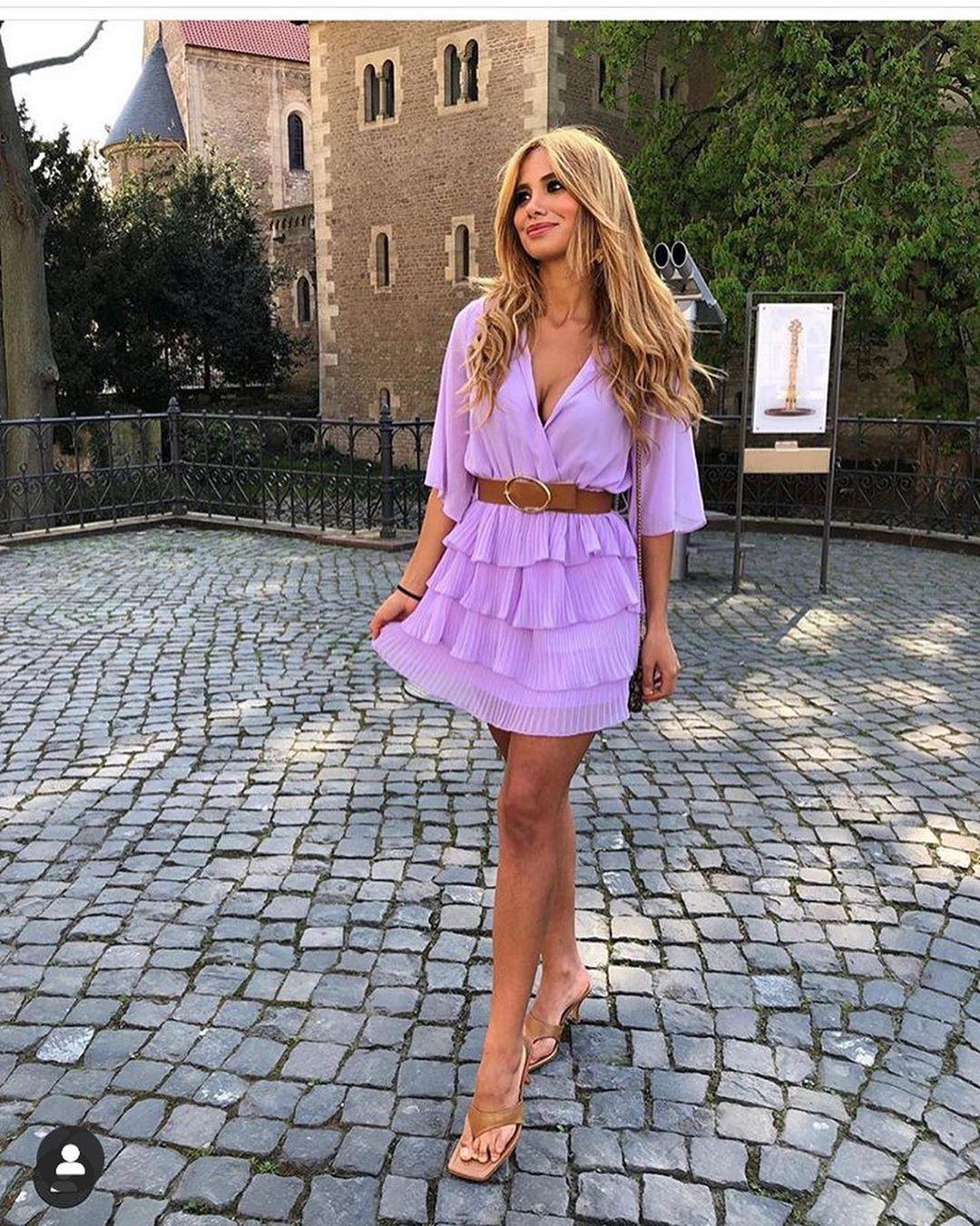 pleated dress with belt de Zara sur look_by_zara_hm