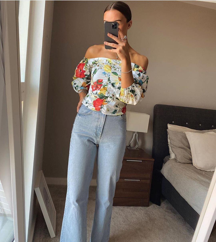 top imprimé fleurs de Zara sur zara.outfits