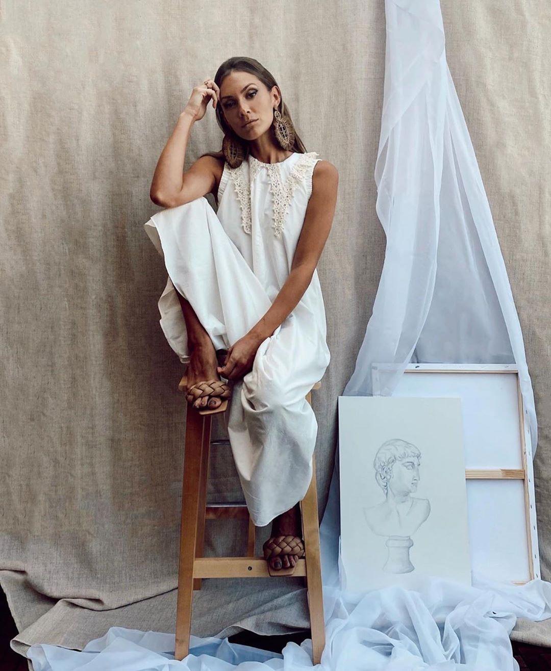 robe en popeline brodée de Zara sur zara.outfits