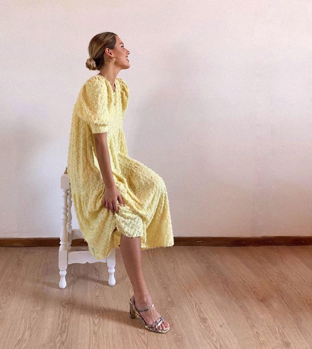 robe structurée à volume de Zara sur zara.outfits